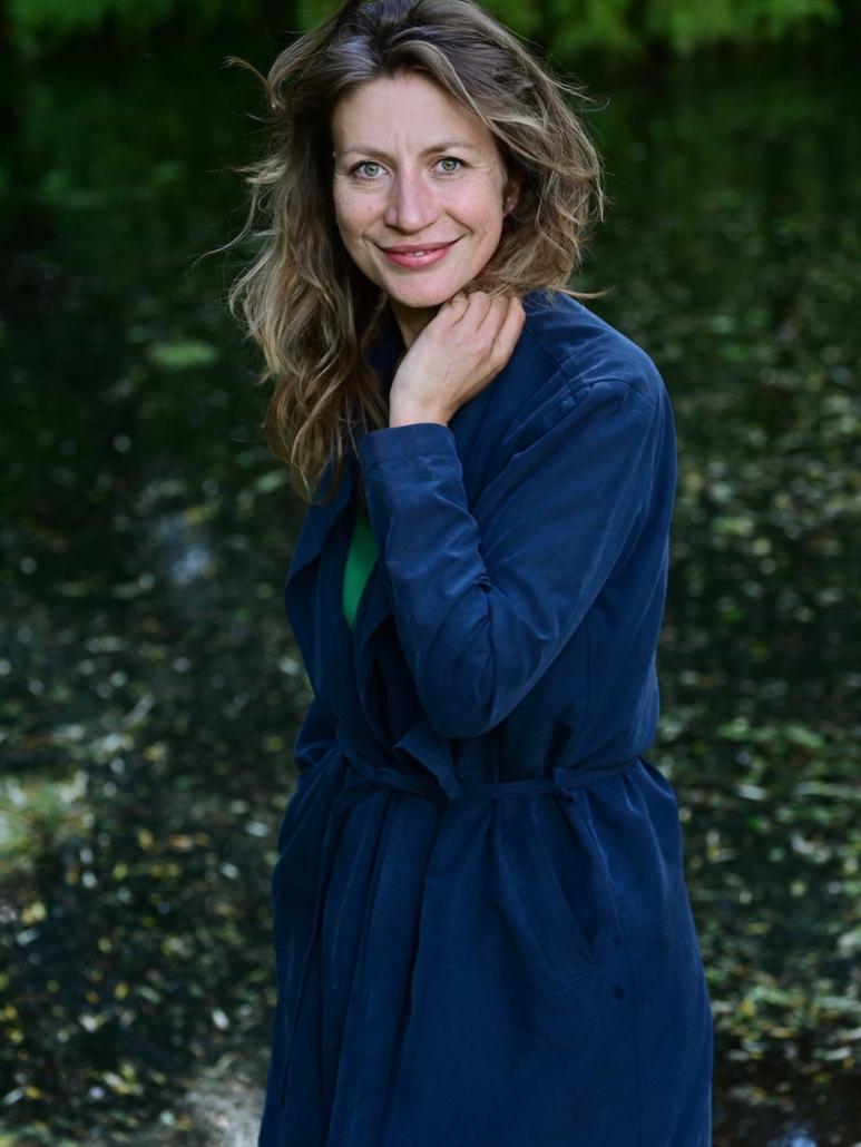 Johanna Debes - Über mich, Schauspielerin, Sexological Bodyworkerin und Coaching
